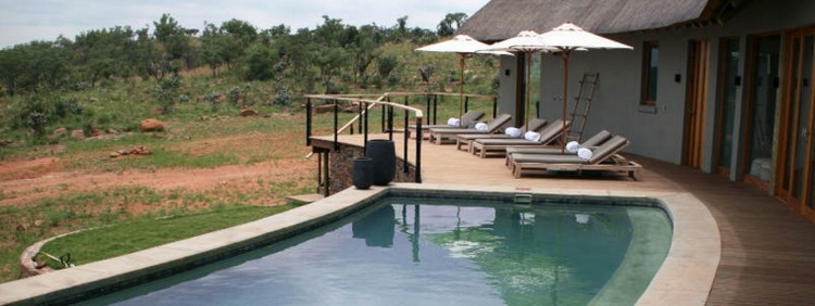 Mhondoro Game Lodge - piscine - afrique du sud